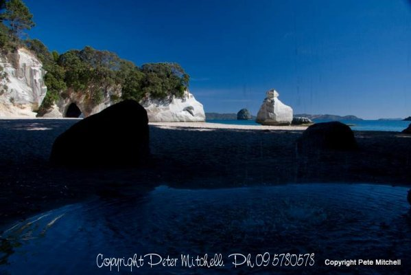 cathedral-cove-waterfal